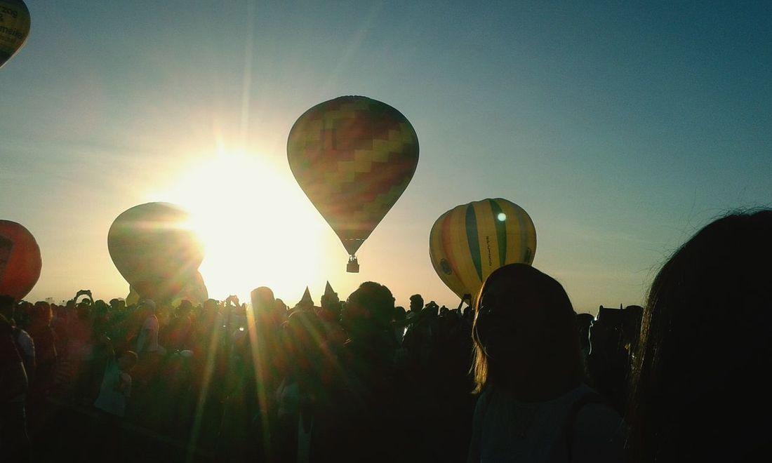 Showcase: February Hot Air Balloon Festival Hot Air Balloons Balloonfest Sunrise Sunrise Silhouette Sunrise_Collection Happiness Shine Fly Crowd Clark,Pampanga Clark Air Base Balloonfestph Blue Wave