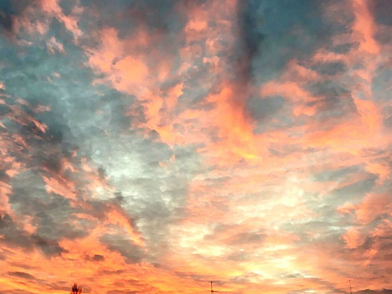 Cloud - Sky Sky Sunset Beauty In Nature Heaven Cloudscape Nature Dramatic Sky Red No People Backgrounds Scenics Outdoors Meteorology Beauty Tranquility Space Day EyeEmNewHere Multi Colored Artistic Light And Shadow Sunsets Pink Red