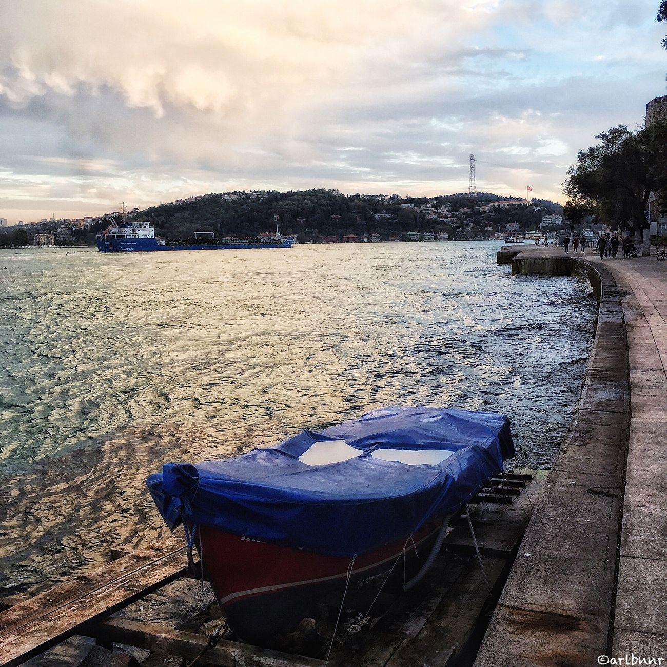 İyi Akşamlar 🙋 Cloud - Sky Eyemphotography Sky And Clouds Sky And City Sky Photography Istanbul Bosphorus Streamzoofamily