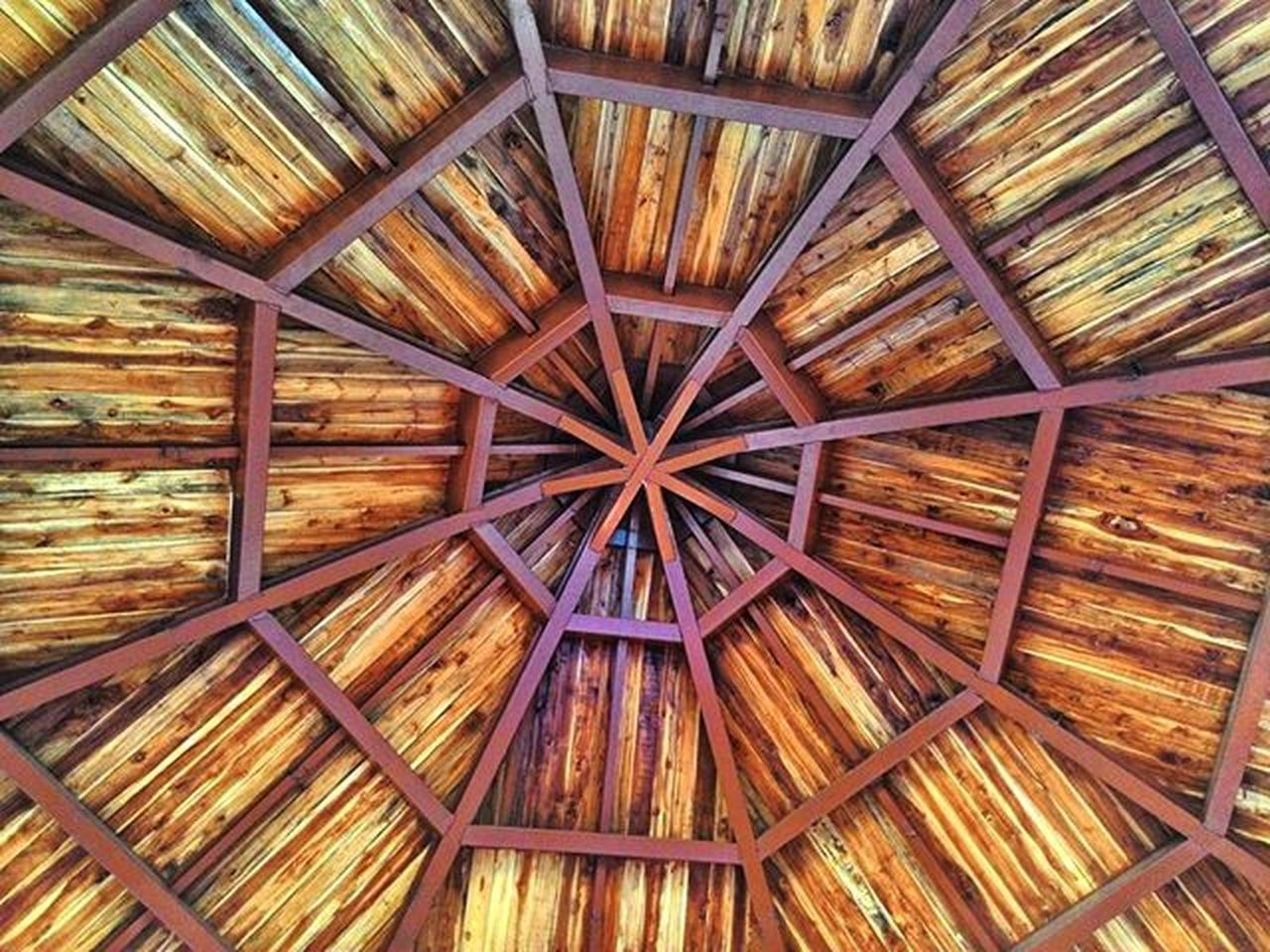 Spider web of woods... Wood Pattern Inside Hut Spiderweb Web Random Shot Indian_photographers Asus Zenfone Asushlobal Zenfoneglobal _soi Repostingindia Instagram