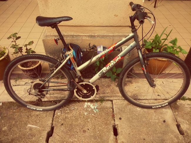 The OO Mission Abandoned Bicycles Noair Chained Unwanted Fix Me