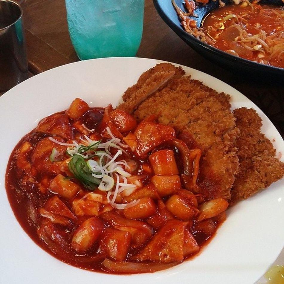 잘먹었읍니다 스쿨푸드 Schoolfood 학교 떡볶이 퓨전분식 koreafood foodstagram 먹스타그램 맛스타그램 먹방 치즈길떡돈까스 길떡