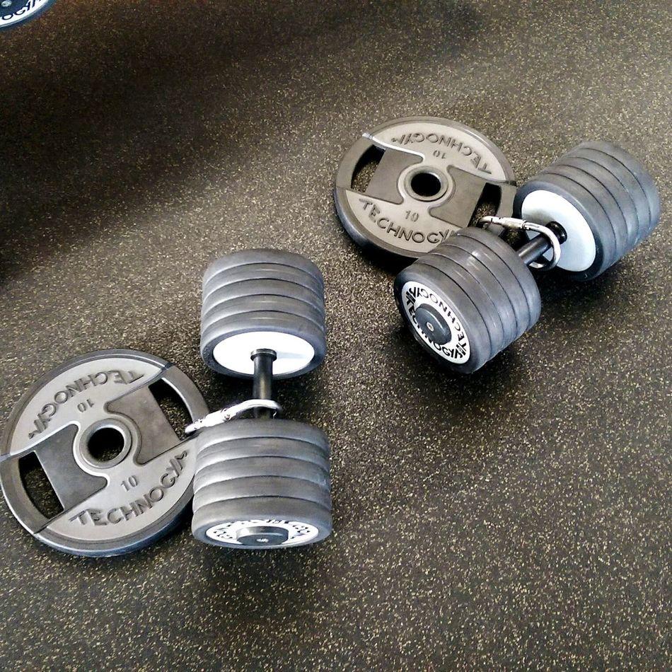 Workout Workout Time workoutgymfitness Workoutmotivation Workout Flow Workout Time :) Dumbbells Dumbbell Hardcoregym No People Hardcorelife