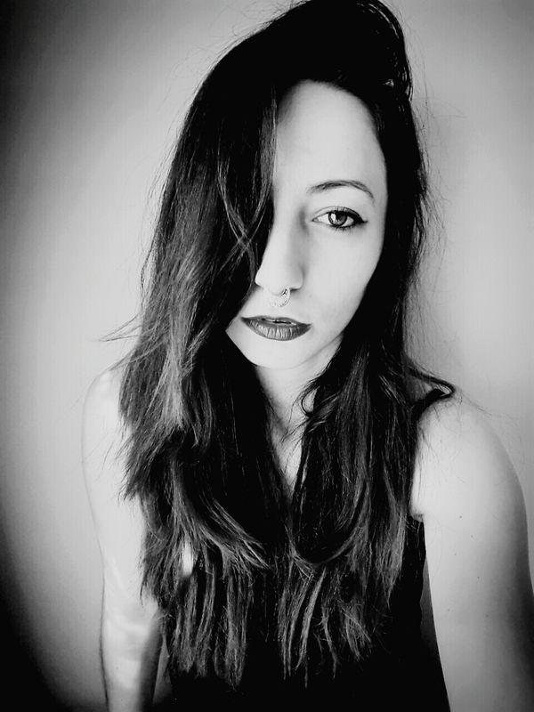 Picoftheday Istanbul City Hızma Pretty Girl Fashion&love&beauty Selfie ✌ Beauty Pretty Beautiful Redhair Photography Black And White Self Portrait Likeforlike Pictureoftheday