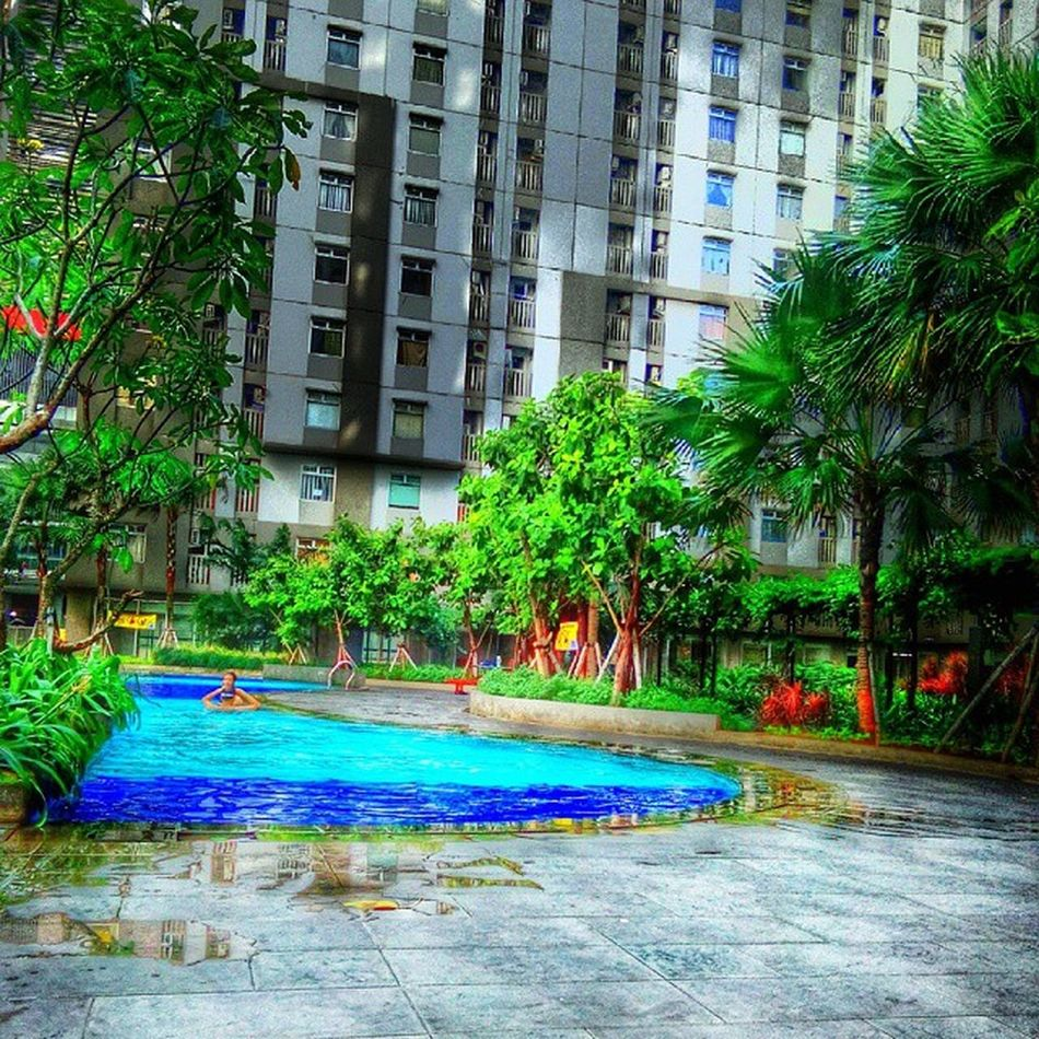 Swiming time.. Architecture Greenbay