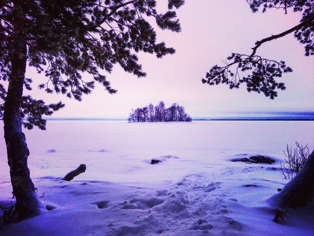 Daytime Nature Beauty In Nature Outdoors Winter Landscape Naturelovers Lake View Snow ❄ Winter Landscape Wintertime Landscape_photography Finnish Nature Nature Photography Photography Photographer Cloudscape Lake Weather Beauty In Nature