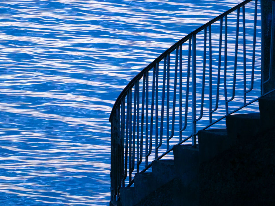 Creative Power Enjoying Life EyeEm Nature Lover Hanging Out Holiday Light And Shadow Relaxing Sea Smg Treppen Stairs Taking Photos The Great Outdoors - 2016 EyeEm Awards Theworldneedsmorespiralstaircases Treppen Stairs Escaleras Water Reflections