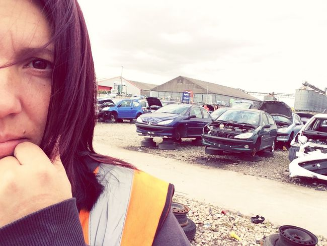 Feel like I'm in the middle of a Nightmare 😥🙈 Car graveyard Wreck 🚦🚘🚗🔧🔨