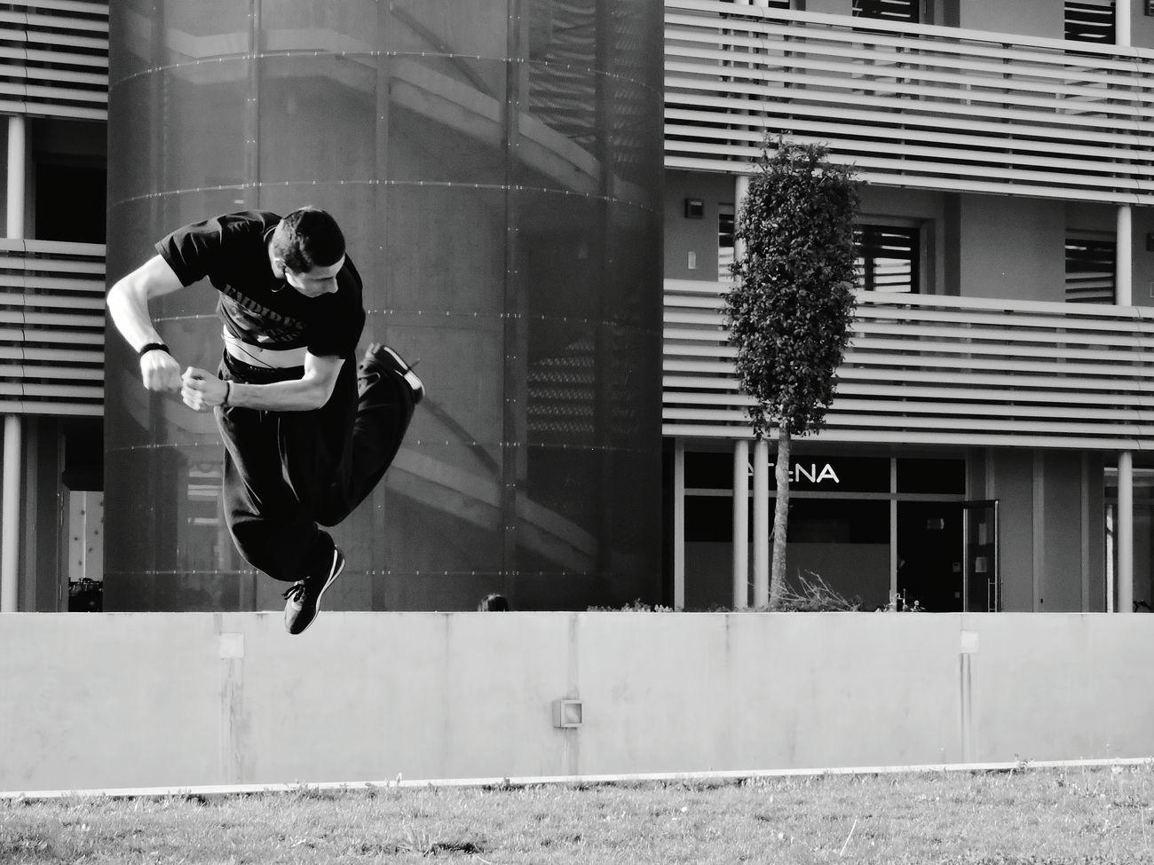Urban Sports Parkour Urban Italy Blackandwhite Nikon Jumpers