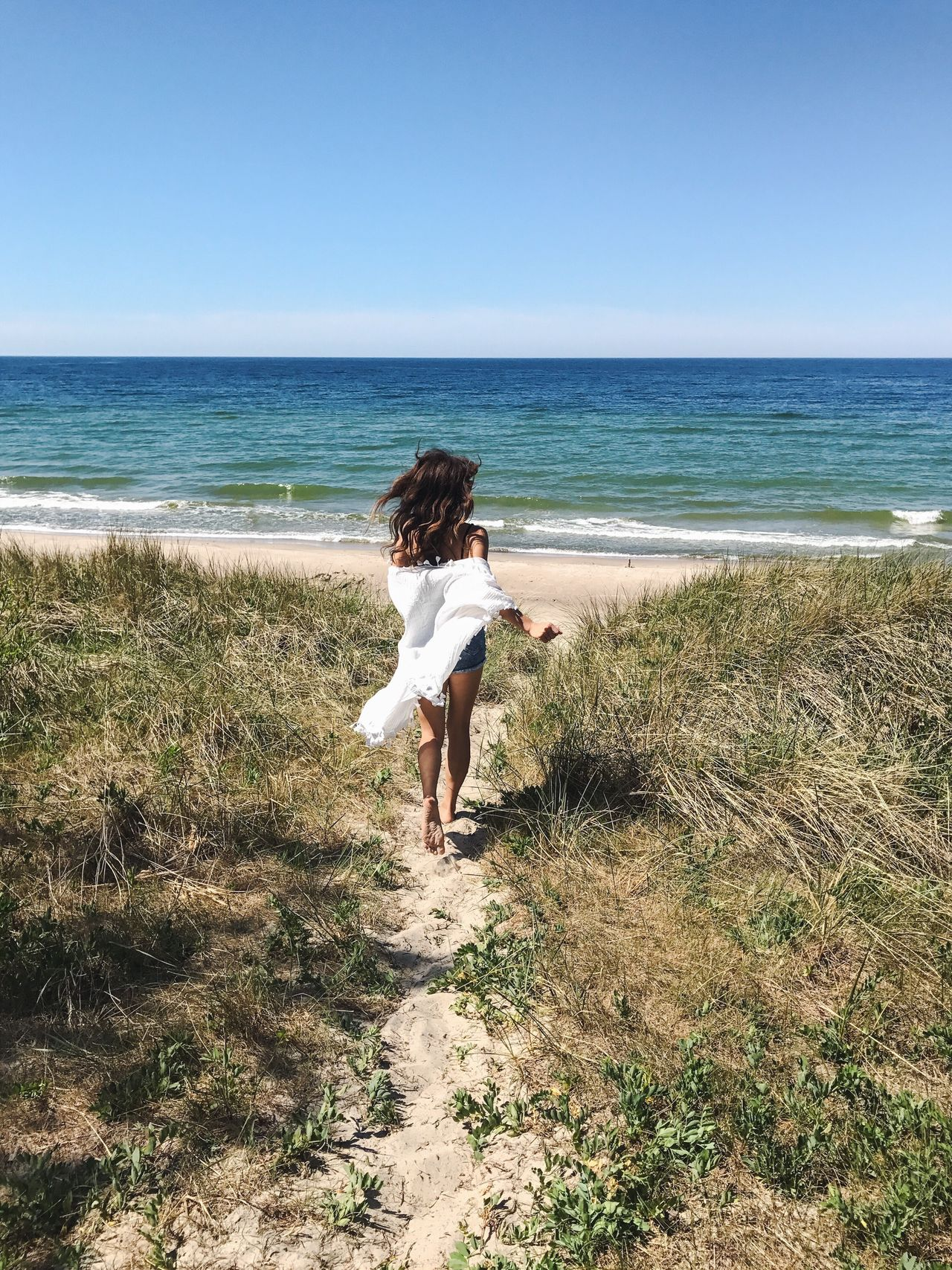 Sea Horizon Over Water Beach One Person Nature Running One Woman Only Baltic Sea Curonian Spit Sand Dune Russian Nature Full Length Water Real People Rear View Day Scenics Clear Sky Beauty In Nature Leisure Activity Sand Vacations Tranquil Scene Tranquility Outdoors
