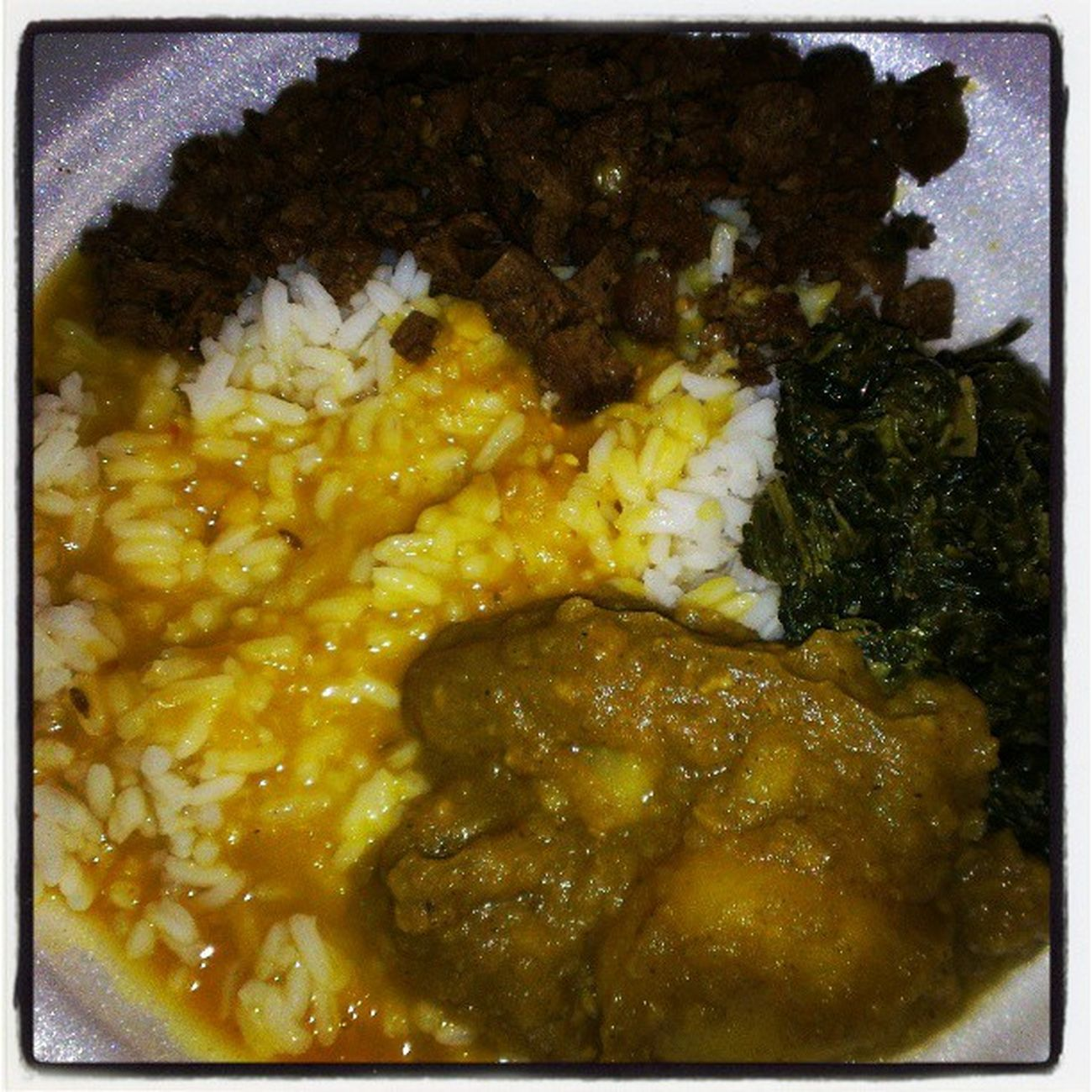 The best breakfast ever!!! Bhojan Jhandihousefood Rice Dhall aloocurry bhagee soychunks nuffsaid plentyblessings ramram TGIF goingin @rosebacchanalradio @guccilisalisa3 @justaskannie