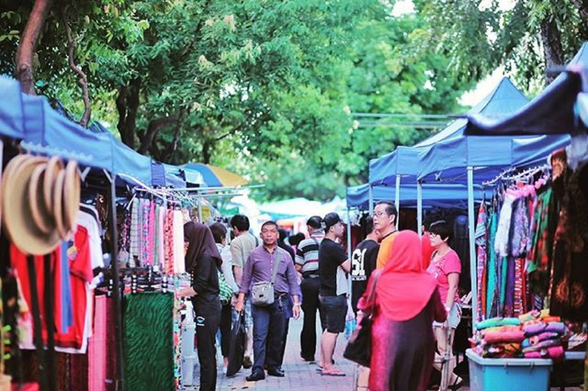 View of Gaya Stret Gaya Street - Kota Kinabalu , Sabah Gayastreet Kotakinabalu Sabah Negeribawahbayu Tourism Malaysia Reflexsology Market Pasar Vscomalaysia Vscography VSCO