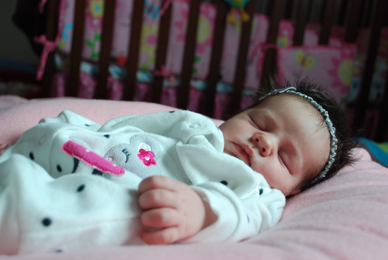 Kids Baby Picture Cute Baby Sleeping Baby  Portrait Capture The Moment in Minneapolis United States Baby Girl Portrait Baby Girl The Portraitist - 2016 EyeEm Awards Motherhood Newborn Sleeping Asleep Naptime Nap Peaceful Everyday Emotion Always Be Cozy Baby Girl Sleeping At Home On Bed