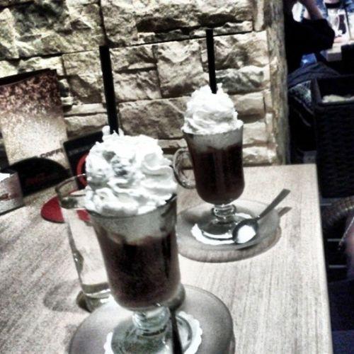 Uzivamo Music Caffè With patkica @lanaloverbro 