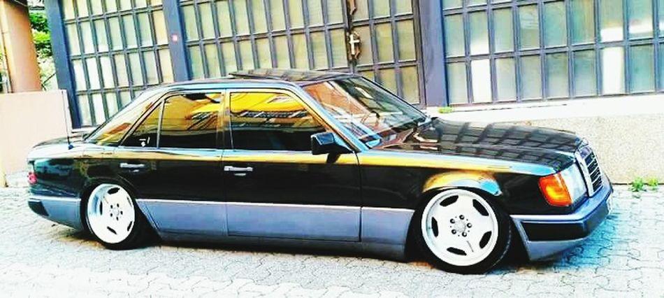 Low-benz E200tuning Blackandgray Mercedes-Benz W124