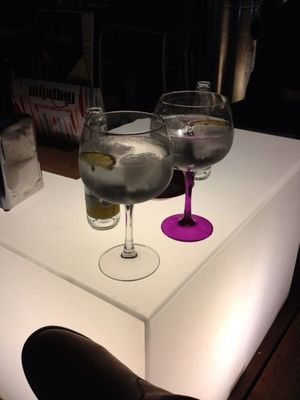 Gin Tonic at Supway by Alberto LdG