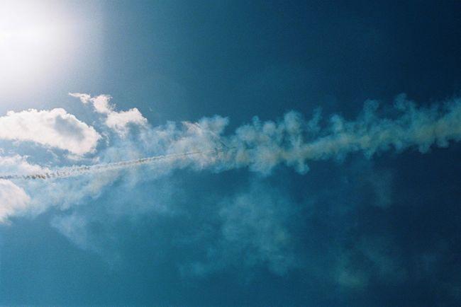 空の日✈︎⋆ Sky Film Film Photography Olympus Olympusom1n EyeEm Best Shots EyeEm Nature Lover Blueimpulse 飛行機 ひこうき雲