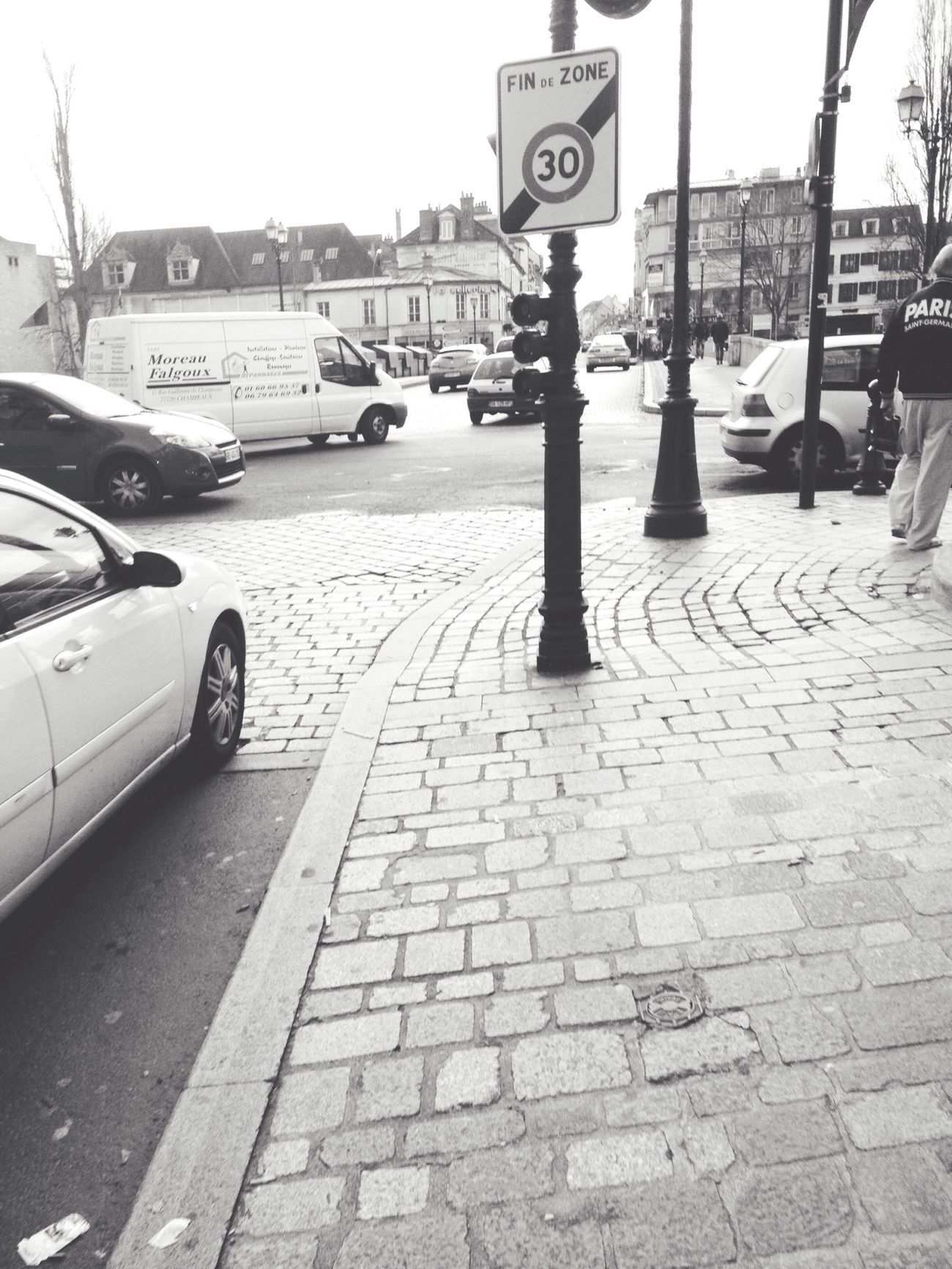 Blackandwhite Street Art Streetphotography Street Photography Followbacks Enjoying Life Hello World IPhone