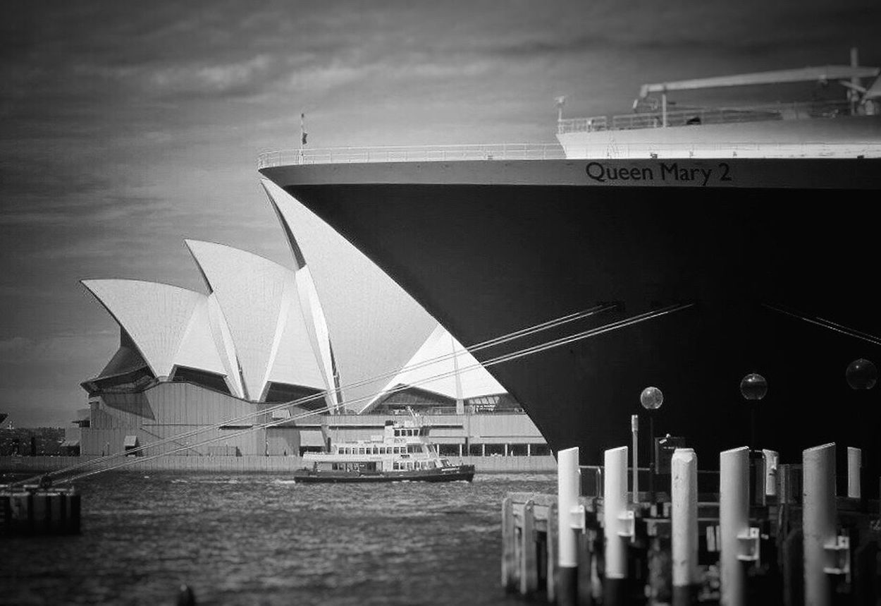 Queen Mary II in Sydney, Lined up nicely against Opera House! Sydney Sydney, Australia Sydney Opera House Operahouse Queen Mary 2 Queen Mary II Ship Cruise Ship Liner Big Ship Royal Ship Harbour Harbour View Down Under Lined Up