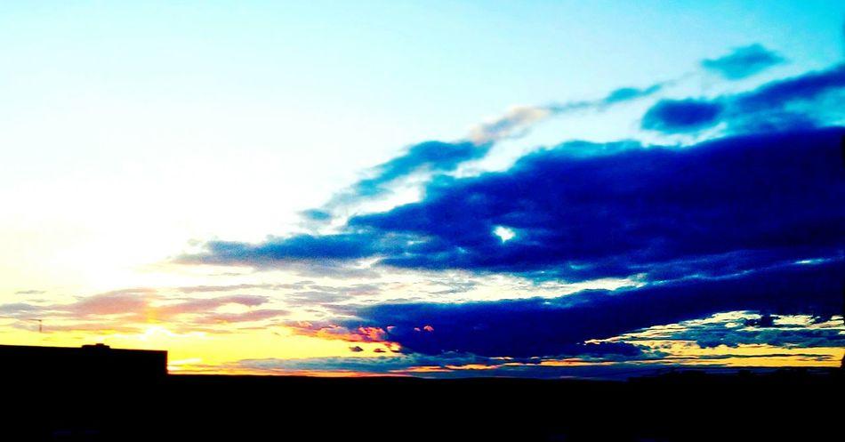 небо небо облака небо и облака Небо.вечер. небо⛅️ Sky Sunset Springtime Sunlight Spring Sunshine Sun First Eyeem Photo EyeEmNewHere Nature Photographer Dramatic Sky Cloud - Sky Nature_collection Landscape_collection EyeEmNatureLover EyeEm Diversity Art Is Everywhere TCPM Break The Mold Beauty In Nature