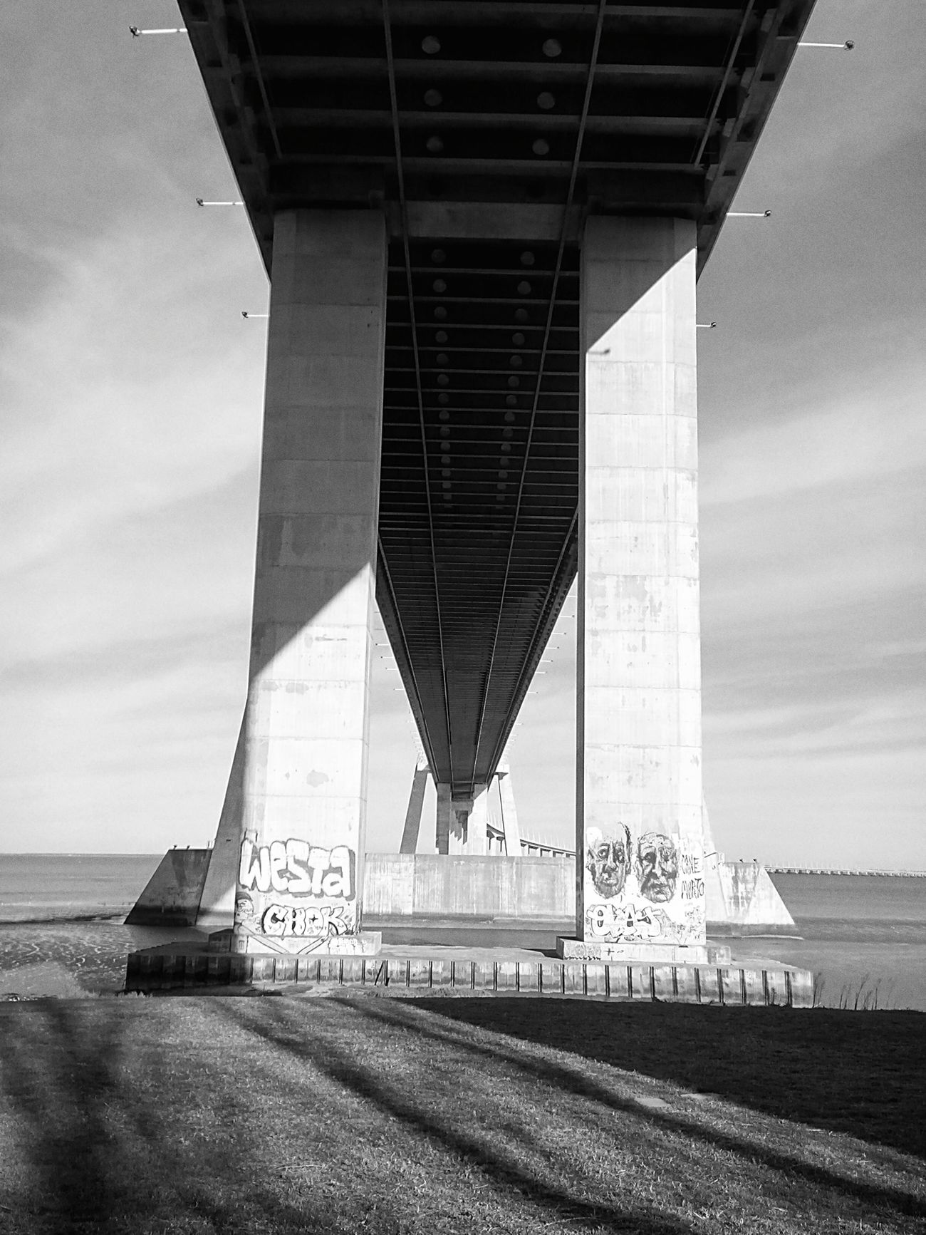Ponte vasco da gama . EyeEm Best Shots Eyem Best Shots - Black + White Eyem Best Shot - Architecture Portugal Lisbon Open Edit Eyem Lisboa Lisboa Bairroalto First Eyeem Photo
