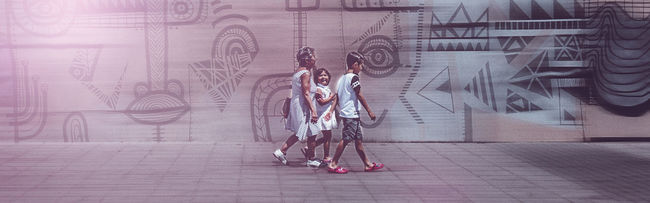 Artistic Battle Of The Cities Blur Casual Clothing City City Day Family Full Length Grafitti People People And Places Sidewalk Street Streetphotography Walking Wall Wall Art