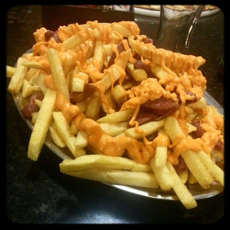 Food On The Go Cheese Fries Bacon | www.instagram.com/guistroligo