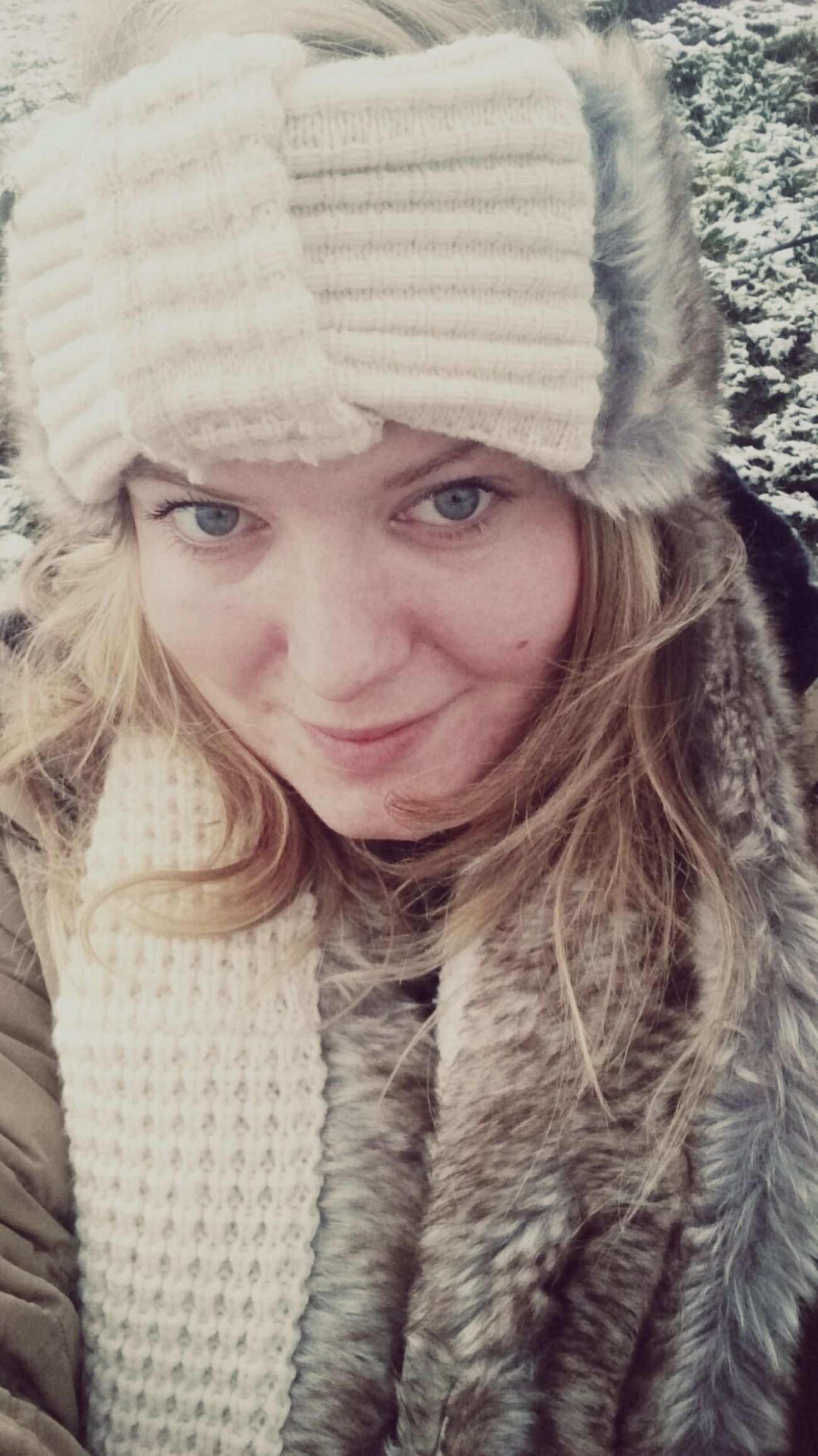 Looking a bit pale in the snow xx