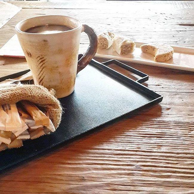 Sonsuz Kahve icme istegi...Kahvekeyfi Kahvem Kahvemutluluktur Kahvetiryakisi Kurabiye Coffee Coffeaddict Instalike Instamood Aniyakala Enjoyinglife  Instajoy
