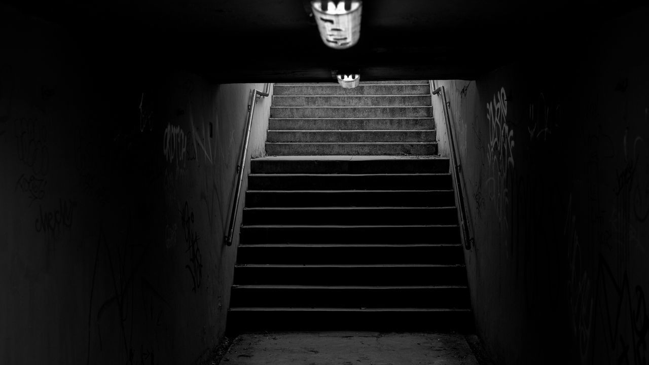 steps and staircases, steps, staircase, built structure, indoors, architecture, corridor, no people, illuminated, night, basement