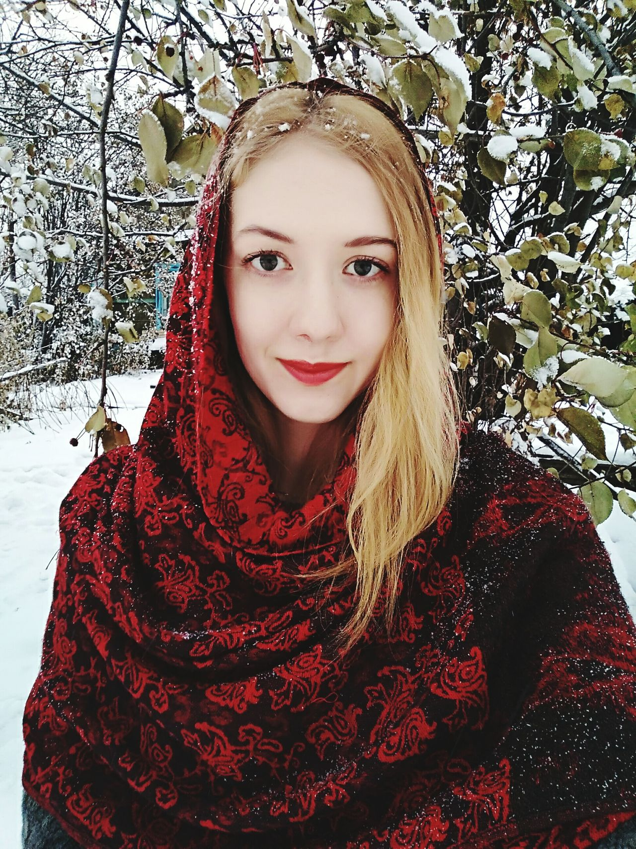 Looking At Camera Red Smiling Young Women One Person Winter Real People Portrait Beauty Selfıe Beautiful Woman One Woman Only