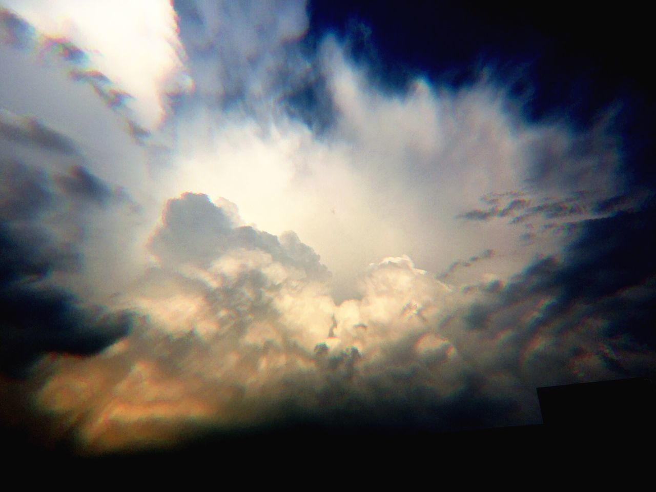 sky, cloud - sky, nature, beauty in nature, low angle view, cloudscape, scenics, majestic, weather, no people, tranquility, sky only, outdoors, sunset, day