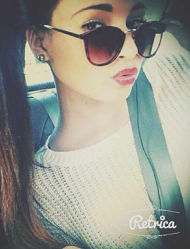 Goodafternoon ✌ Rouge Toujours #kiko #rougealevres Lunette Sun ☀