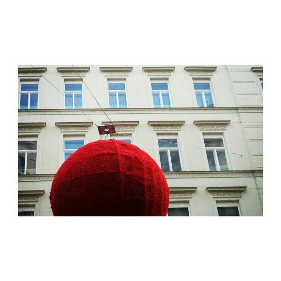 Lookabove Lookingup Archidaily Archilovers architecturelovers street urbanart red ball geometry implus_daily perspective primeshots architecture vienna christmas insta_global instagood bestoftheday awesome photooftheday igersoftheday statigram all_shots