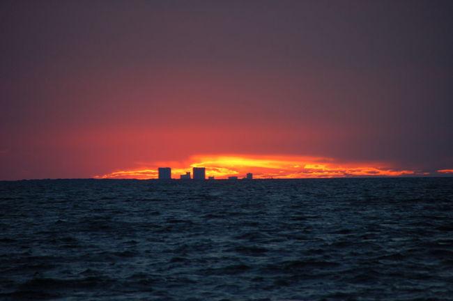 Sunset tonight at Navarre Beach, Florida, USA. Purist, no edits. Sunset Sunset_captures Sunsetphotographs Sunset #sun #clouds #skylovers #sky #nature #beautifulinnature #naturalbeauty #photography #landscape Sunsets Sunset And Clouds  Sunsetlover Sunset Lovers Sunsetporn Sunset_collection