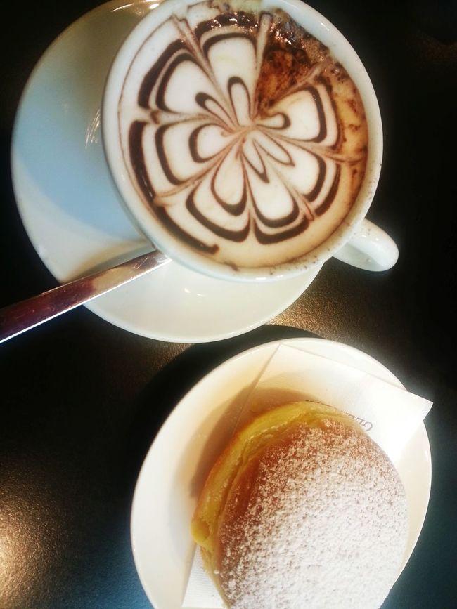 BreakfastBreakfast Enjoying Life Taking Photos Hi! Cappuccino Krapfen Mlmlml Delicious