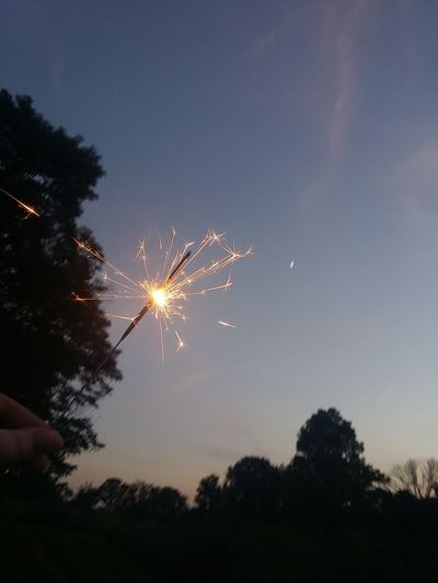 Tb to fourth of july weekend 😍 Sparks Sky Beauty In Nature Low Angle View Celebration Firework Display