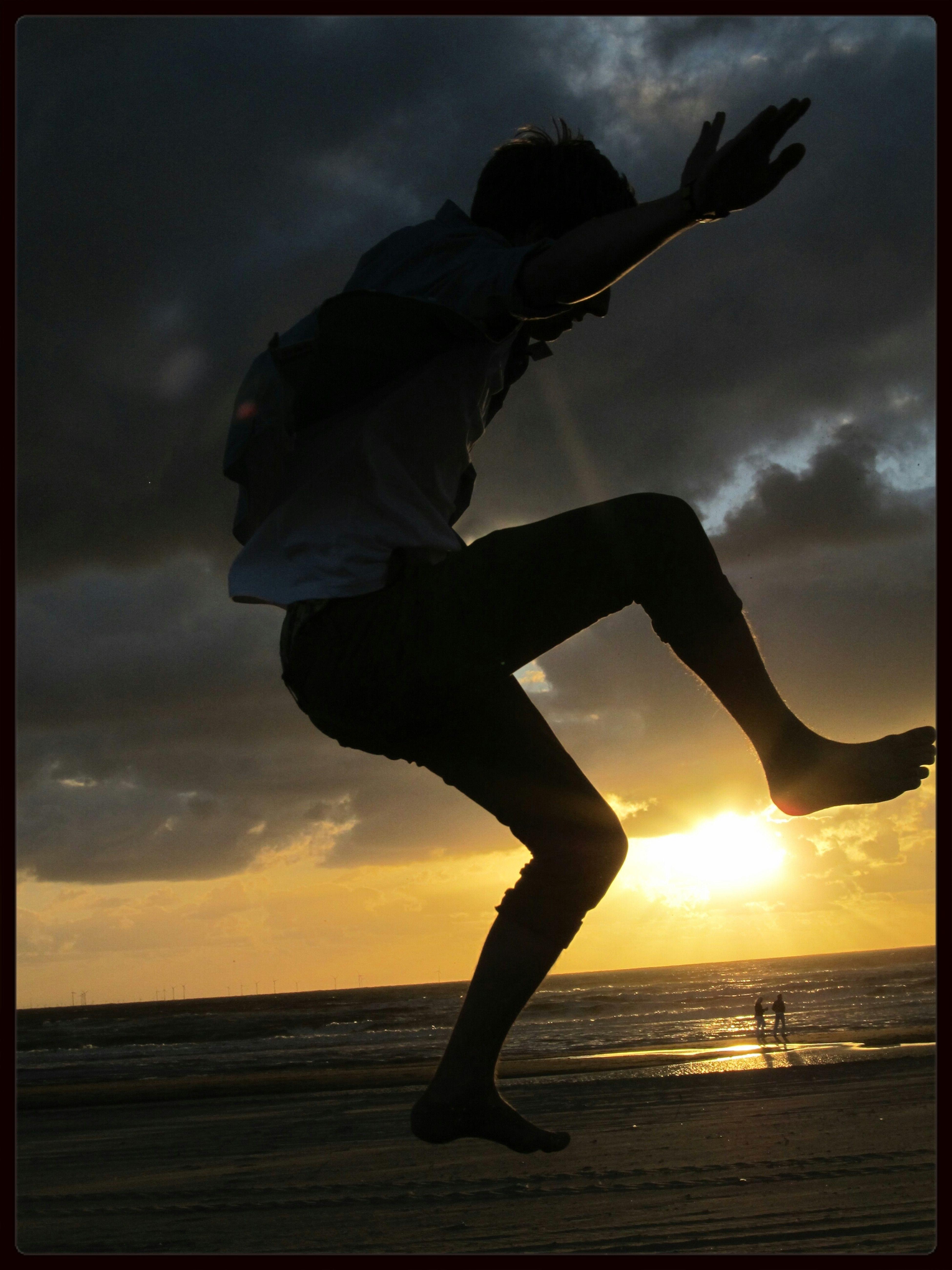 Sunset Silhouettes   trampolin   sunset   jump   boyfriend   fun   love <3  