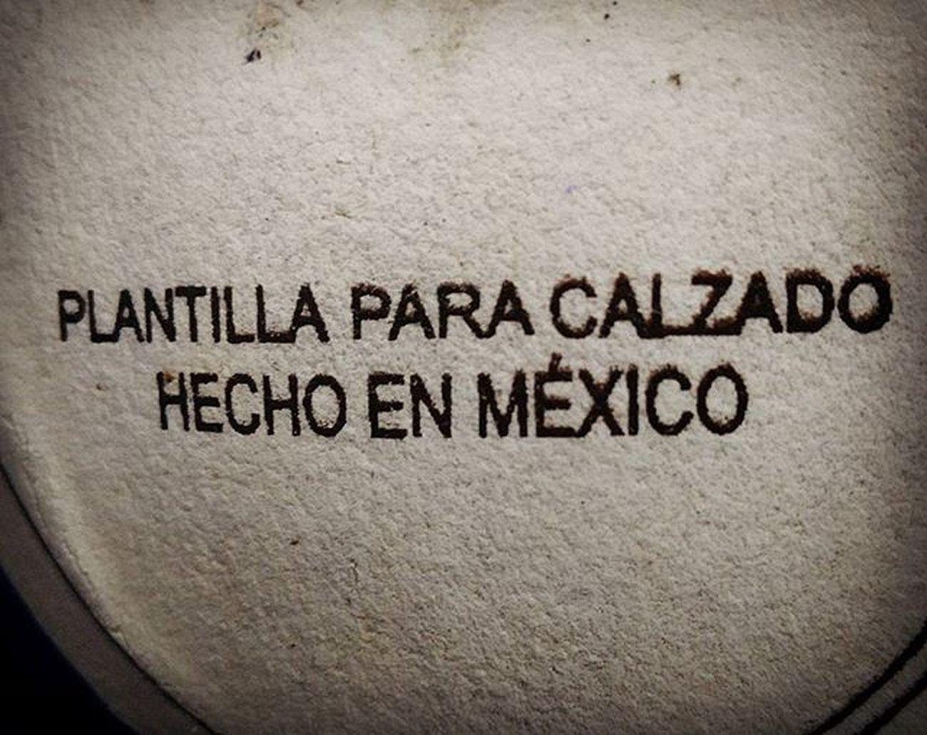 Lo siento zapatos importados, estas plantillas son pa' puros mexicanos 😁 MadeInMexico Leather Grammar Syntax Gramatica Sintaxis
