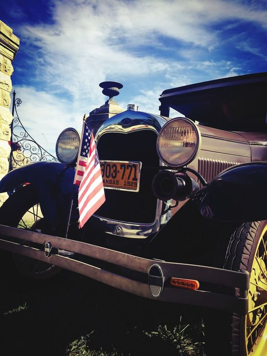 Things I Like Classic Car Vintage Cars Antique Car Car Show Hot Rods America Model A Model T Historic American Flag Cruising Proud US Flag Stars And Stripes Flag Red White And Blue Old Glory