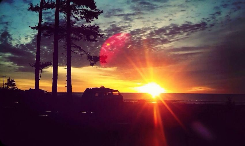 Love the place i call home! ? Sunset Silhouettes Beautiful Surroundings Beautiful
