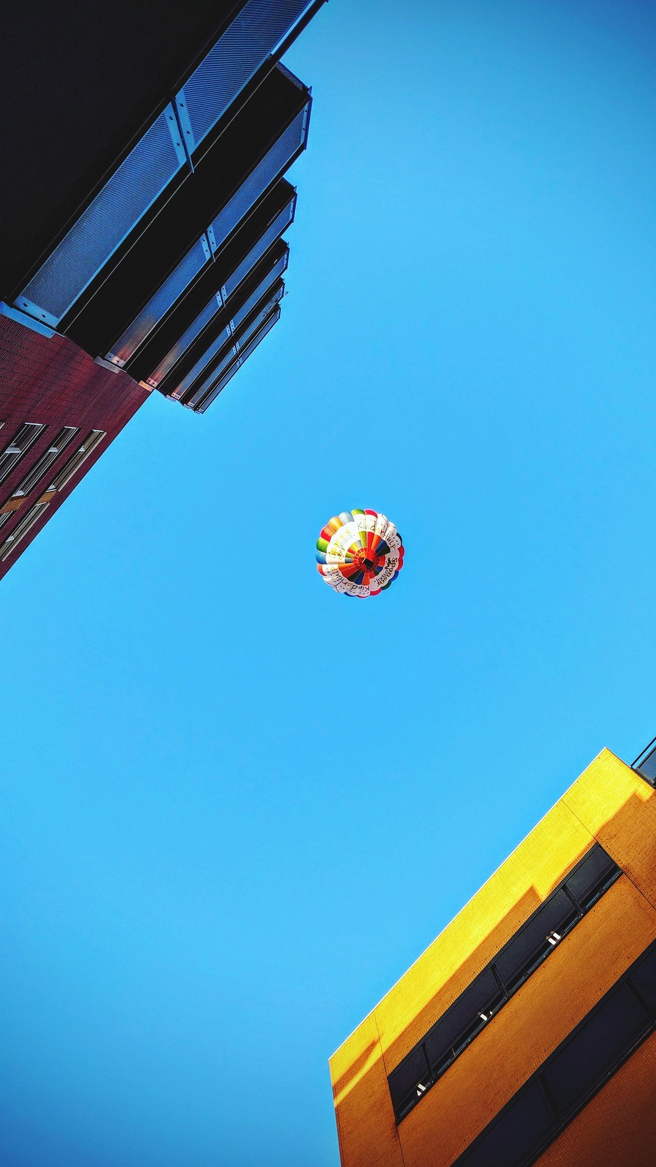 Sky No People Architecture Day Hot Air Balloon Hengelo Netherlands Air Balloon Blue Skies Happy Days