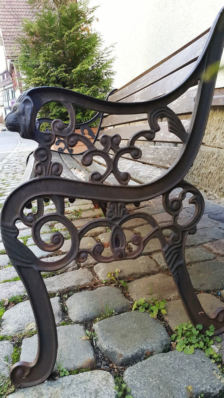 wrought iron, metal, outdoors, railing, day, no people, close-up, architecture, built structure, building exterior
