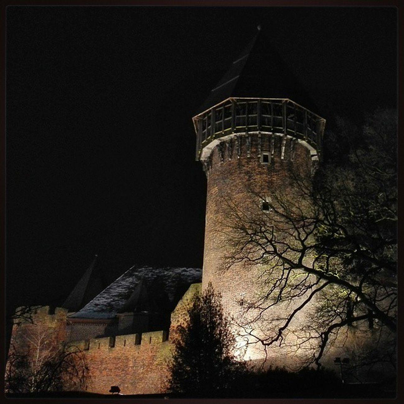 Burg Linn bei Nacht. BurgLinn LinnerBurg Krefeld Linn Burg Nacht