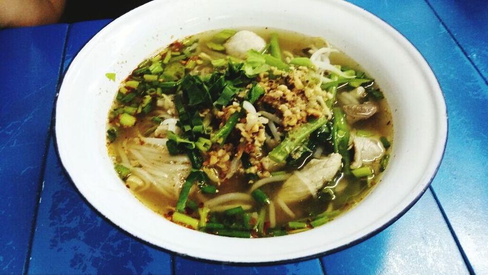 Spice up! Enjoying A Meal Frame Thai Happy Mansion,Sek 17
