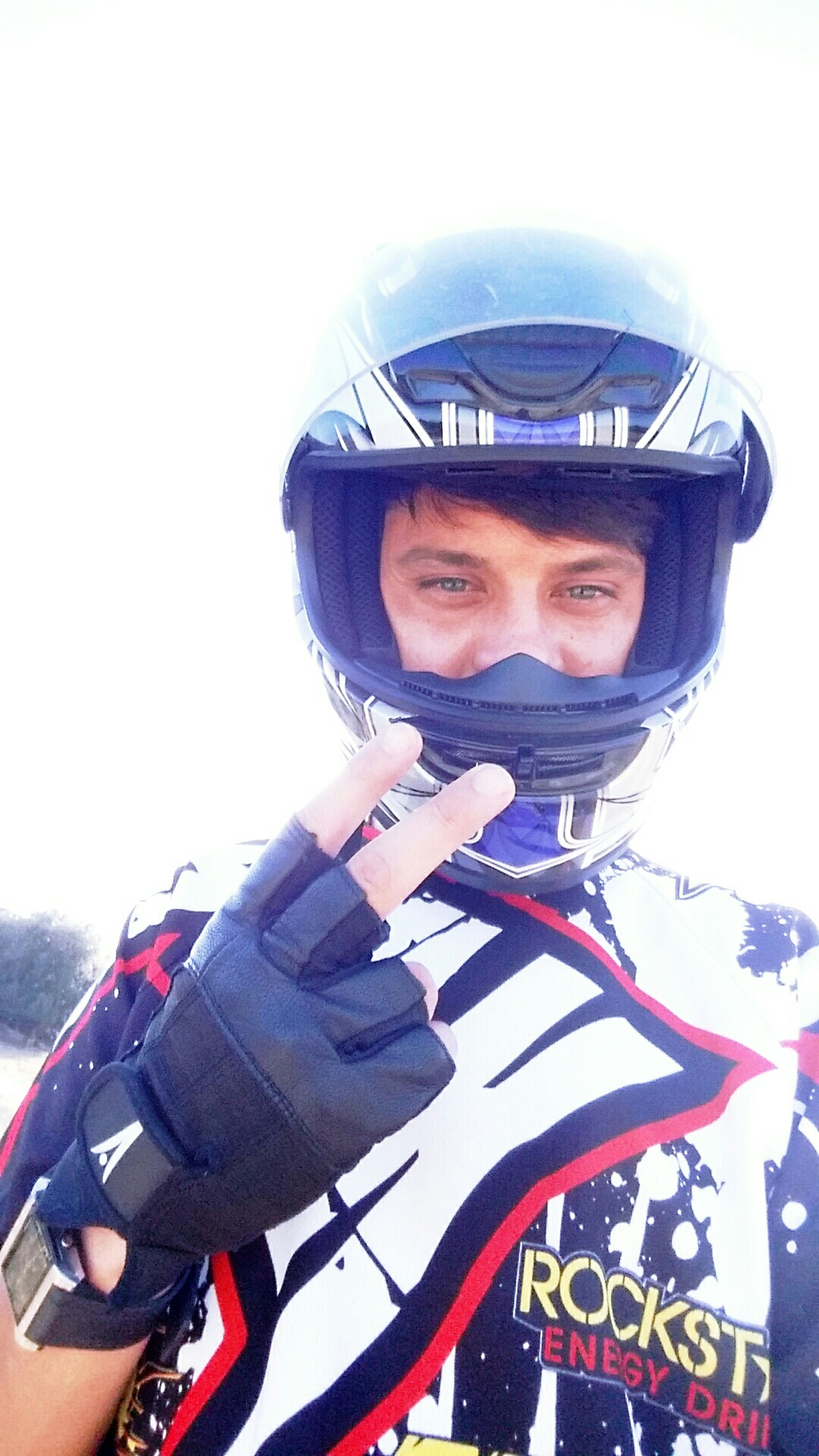 Selfie ✌ Drivesafe Ktm Nature That's Me! Relaxing Felling Good  Happy Peoplepeace SafeDrive