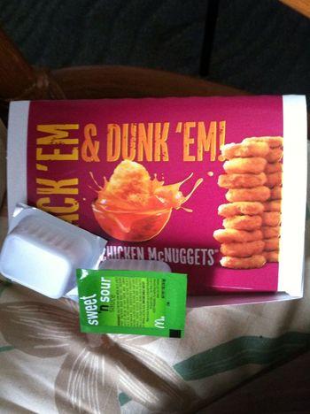 I got some chicken nuggets cheee