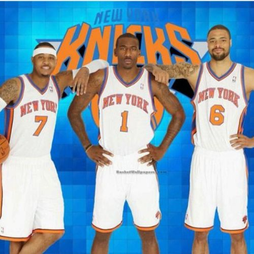 Floor seats to Saturday's 3pm Knicks vs Celtics game at MSG... 4 rows behind the bench!!! Whosegoingwithme Knickstape Knicksfans Knickstape Icantfcukingweight
