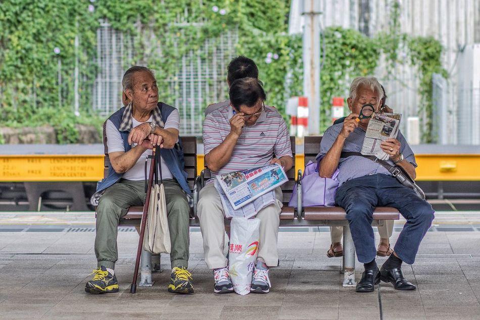 Morning read. Newspaper Old Man Reading Streetphotography Snap Leisure HongKong Shatin MTR Metro Snapshot Morning