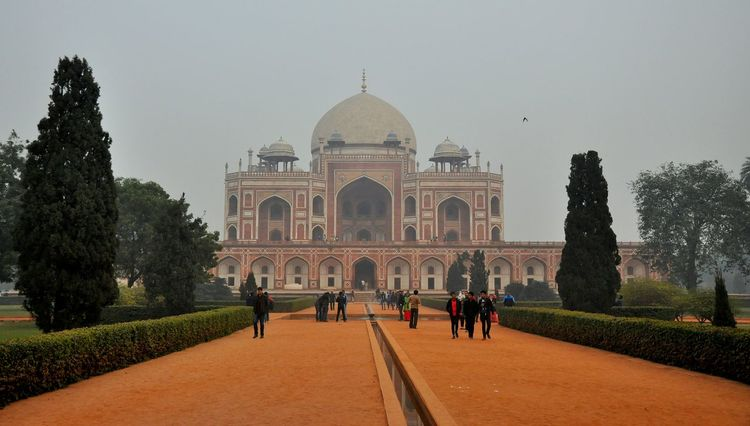 Humayun 's Tomb . Hanging Out Check This Out Hello World Winters Picturesque Pictureoftheday Picoftheday Photooftheday Showcase: December Traveldiaries Architectureporn Travel Photography India EyeEm Gallery Delhi Delhidiaries Taking Photos Traveler Humayunstomb Индия Incredible India